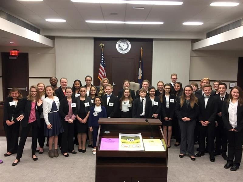 Picture of the SMS Mock Trial Team at State Event.