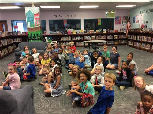 Summer Readers Celebration - Group Picture of Students